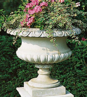 Hadrian Vase (without handles)