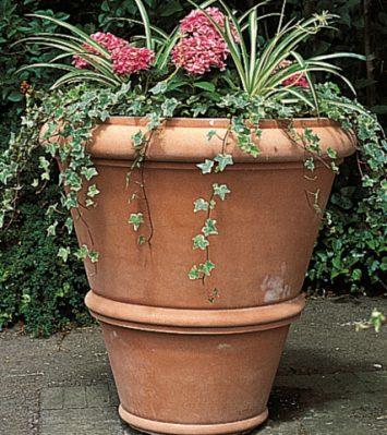 Large Roman Vase