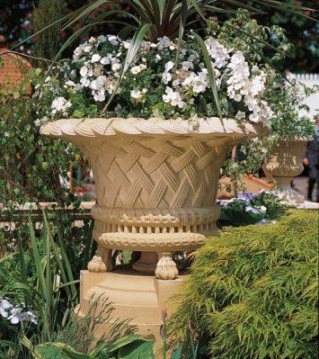 Victorian Jardiniere