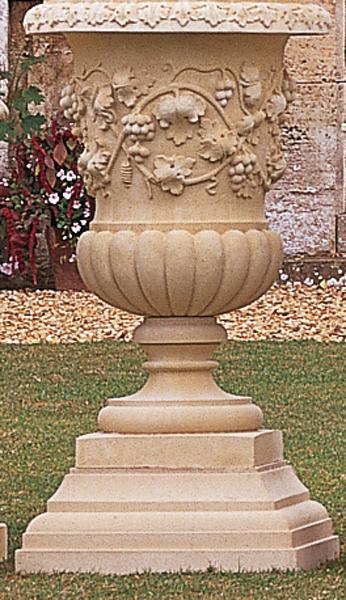 Winslow Pedestal
