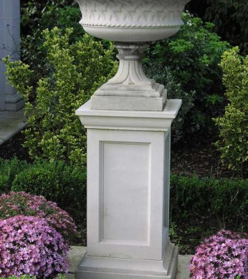 36 inch Queen Anne Pedestal