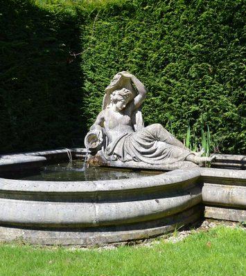 Roman Pool Straight Stone