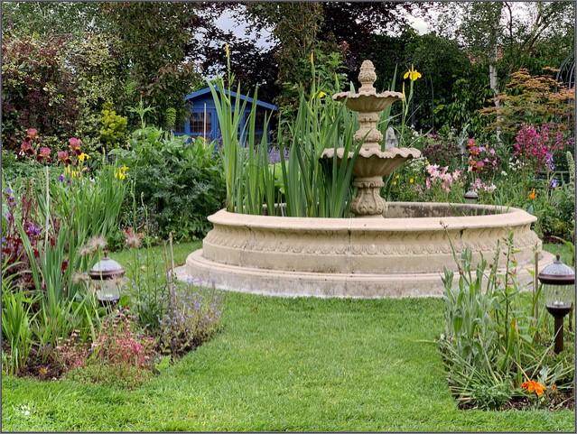 Small Neapolitan Fountain