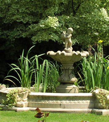 Centrepiece Garden Fountains