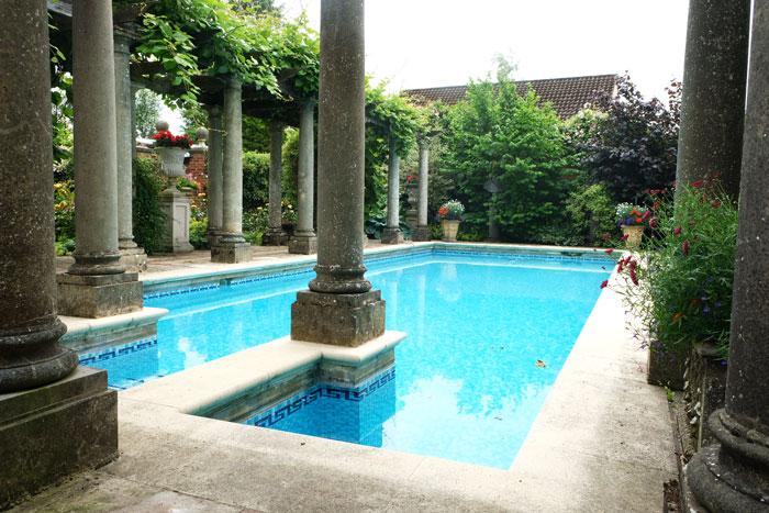 image of the haddonstone show garden pool
