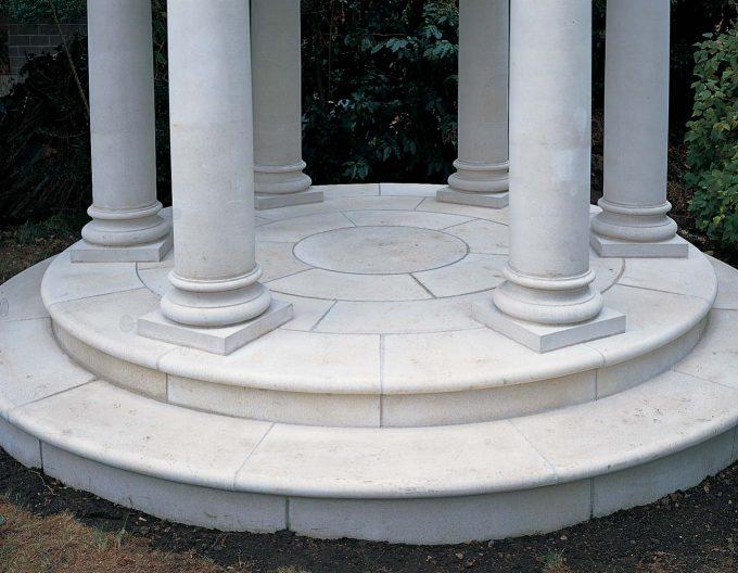 HN6004 Temple Floor - Small Classical Temple Single Step
