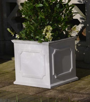 Heritage Planter - Medium