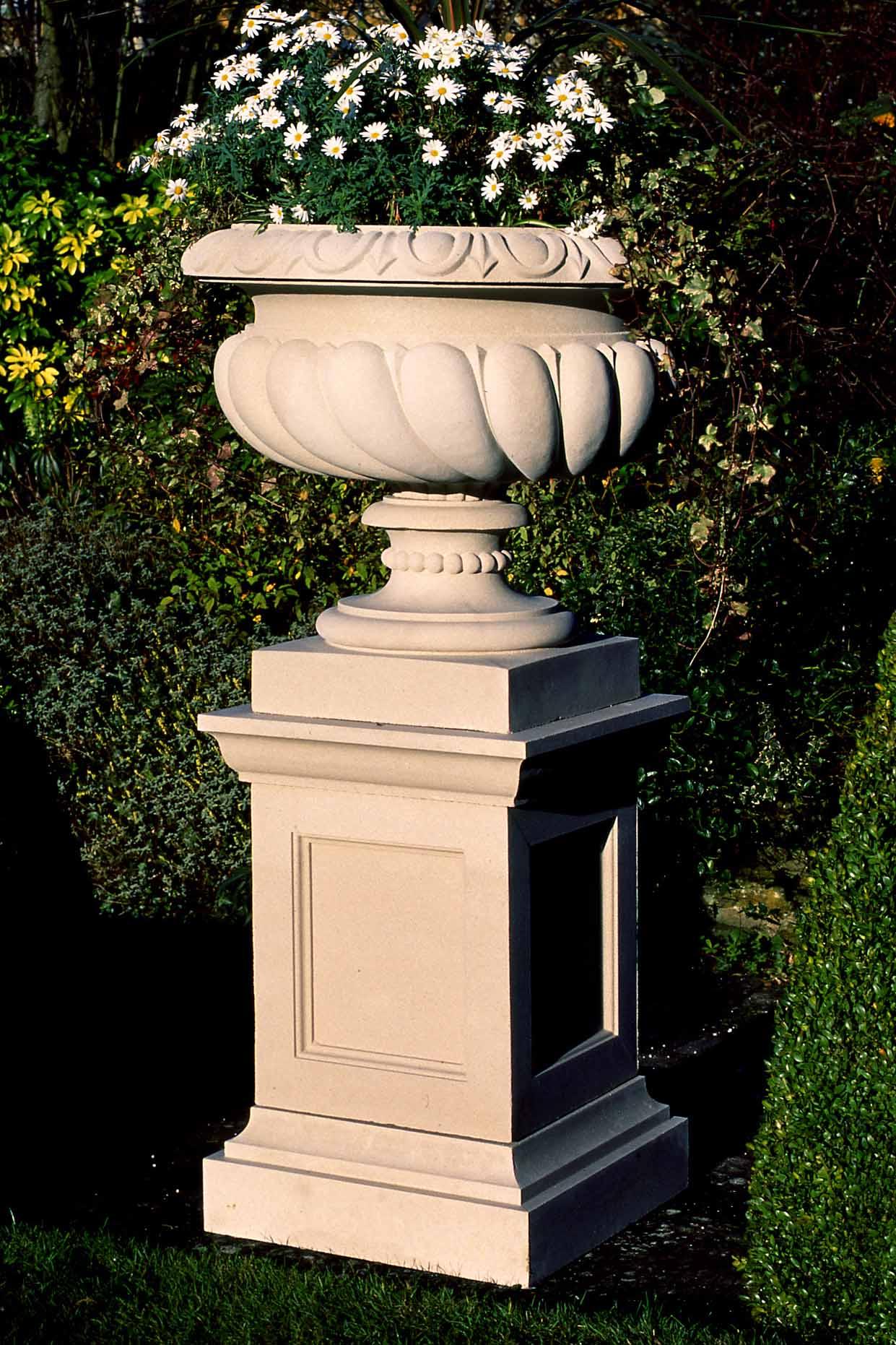 27 Inch Queen Anne Pedestal | Haddonstone USA