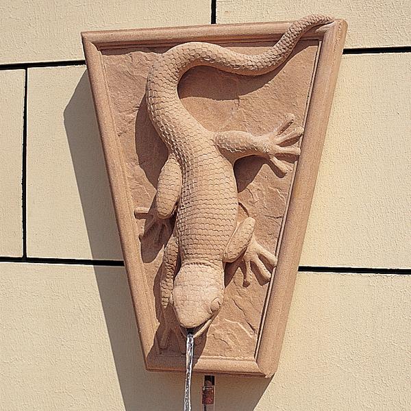 Gecko Wall Fountain
