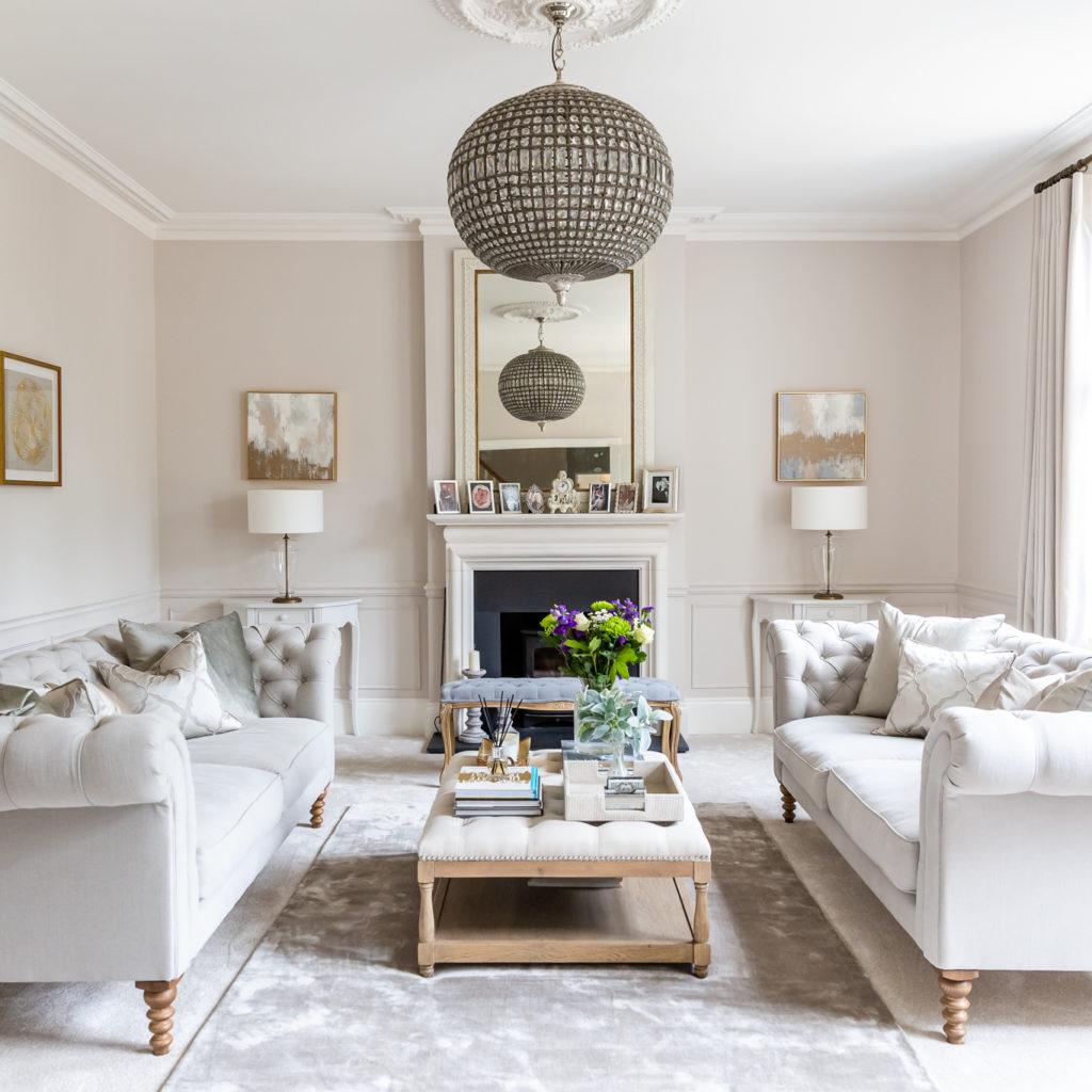 Image of Rebecca's Doyle symmetrical living room