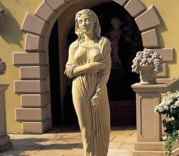 Winter_Statue