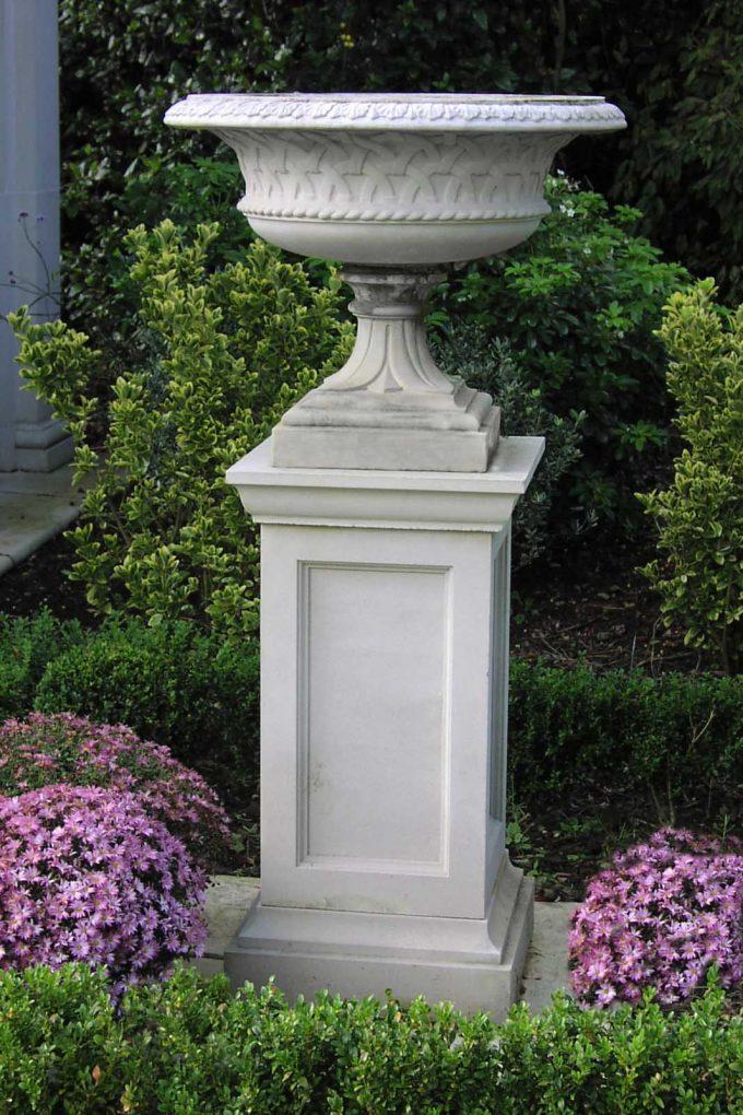 36 inch Queen Anne Pedestal