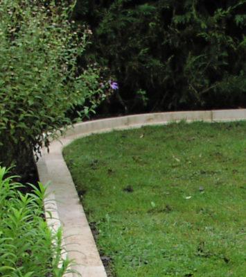 Arcadian Lawn Edging Internal Curve Radius 500mm